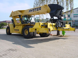 robuster Miet-Containerstapler